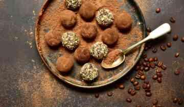 טארפלס שוקולד ותמרים